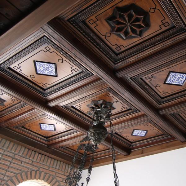 artesonado-de-madera-600x600