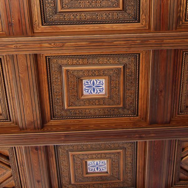 artesonado-madera-600x600